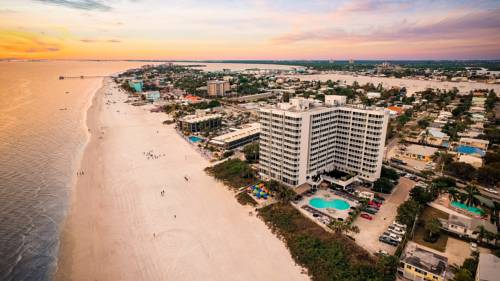 Diamondhead Beach Resort and Spa in Fort Myers Beach FL 21