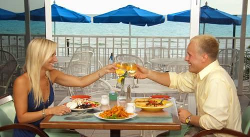 Doubletree Beach Resort Tampa Bay-north Redington Beach in St Pete Beach FL 43