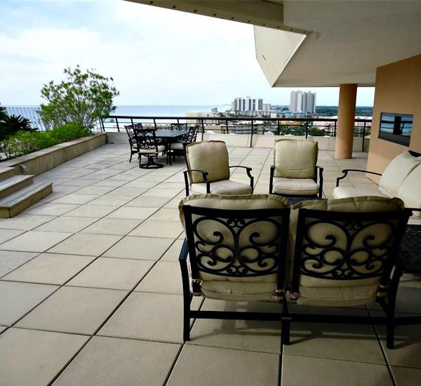 Patio area in common area at Edgewater Beach Condominium in Destin Florida