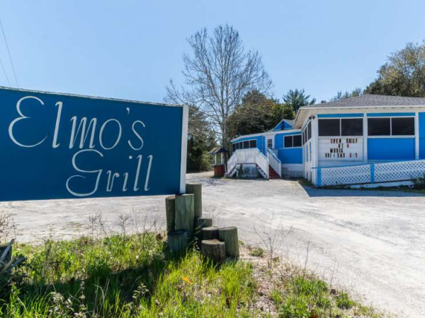 Elmo's Grill in Highway 30-A Florida