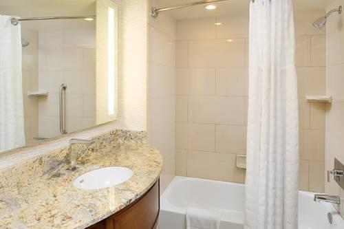 Embassy Suites Hotel Destin - Miramar Beach in Destin FL 91