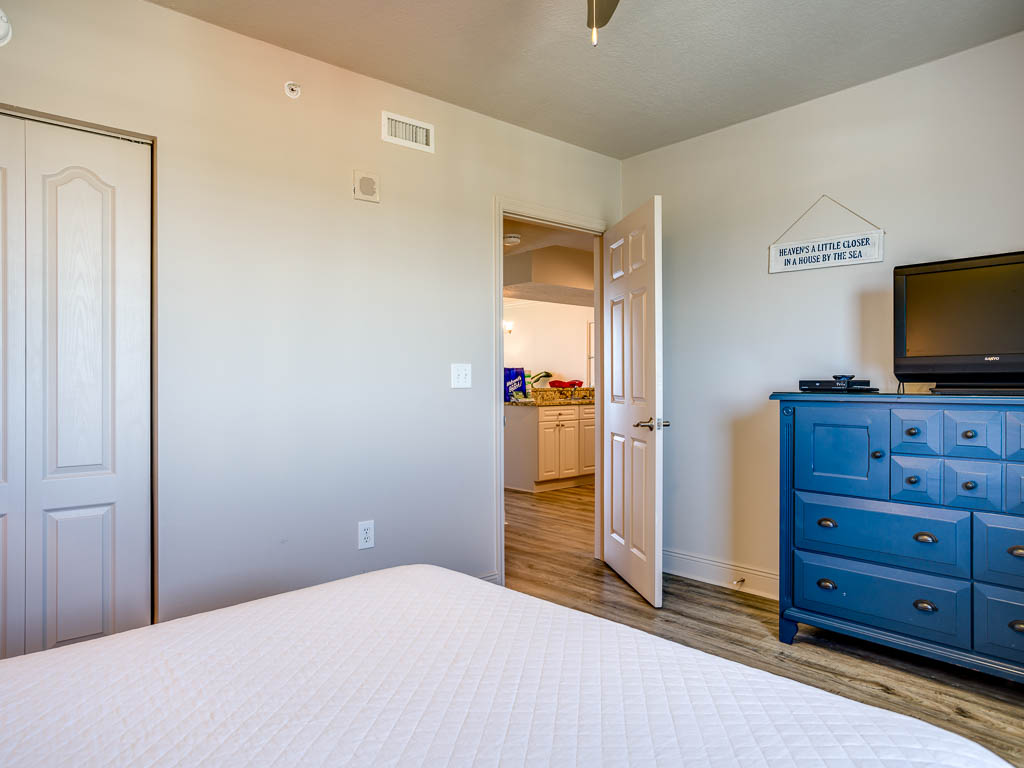 Emerald Beach Resort 1131 Condo rental in Emerald Beach Resort in Panama City Beach Florida - #17