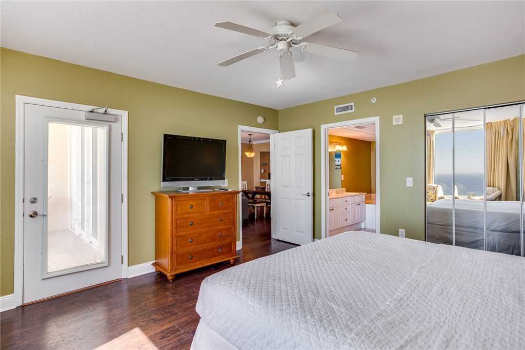 Emerald Beach Resort 1225 Condo rental in Emerald Beach Resort in Panama City Beach Florida - #13