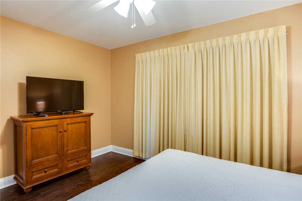 Emerald Beach Resort 1225 Condo rental in Emerald Beach Resort in Panama City Beach Florida - #16
