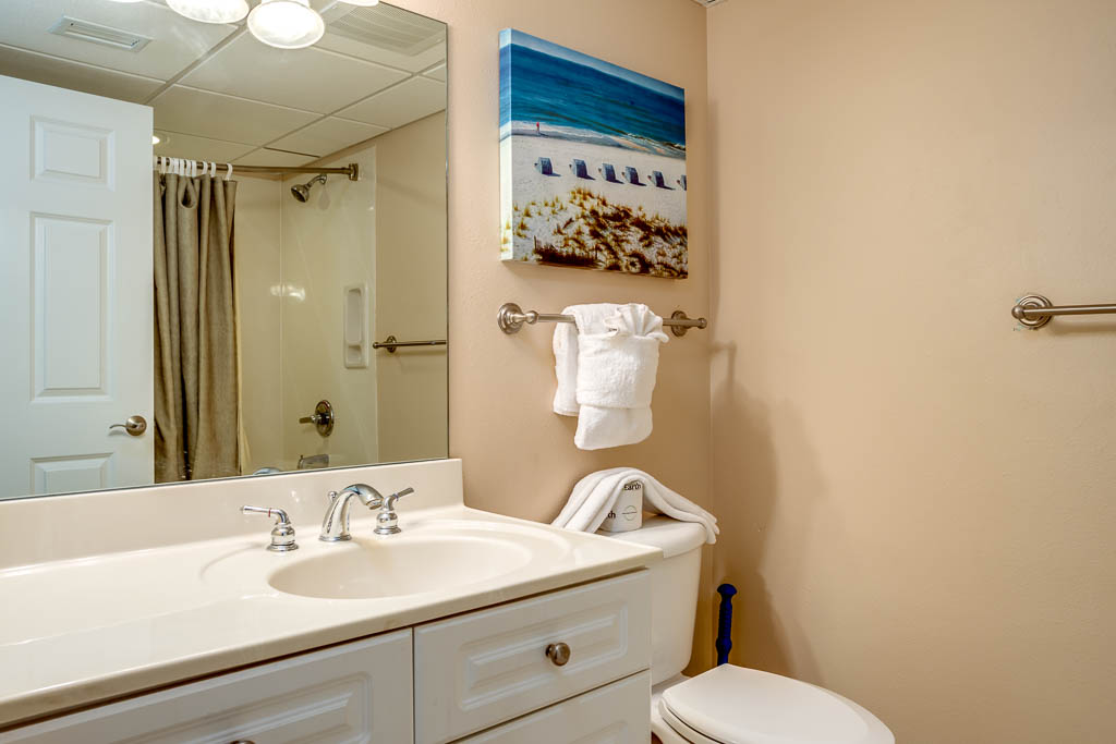 Emerald Beach Resort 2227 Condo rental in Emerald Beach Resort in Panama City Beach Florida - #13