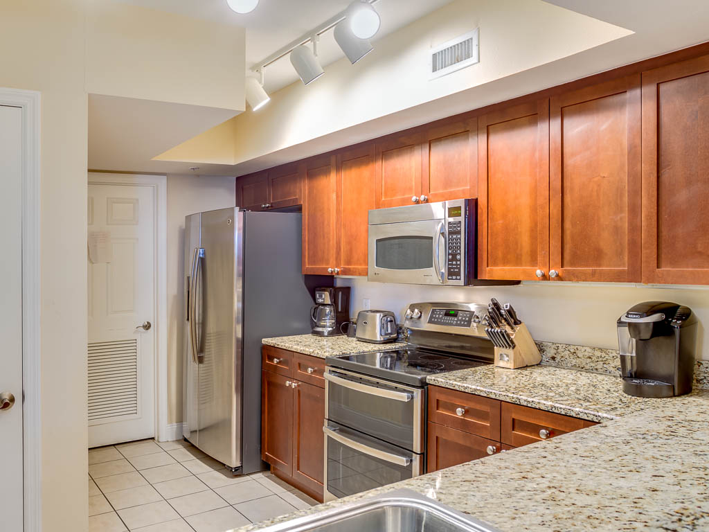 Emerald Beach Resort 2530 Condo rental in Emerald Beach Resort in Panama City Beach Florida - #10