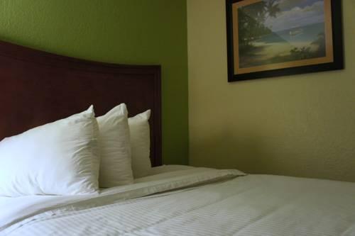 Emerald Coast Inn & Suites in Fort Walton Beach FL 87
