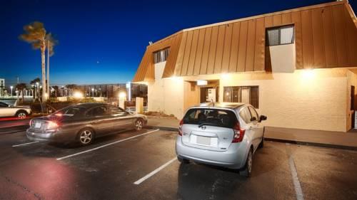 Emerald Coast Inn & Suites in Fort Walton Beach FL 93