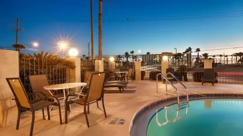 Emerald Coast Inn & Suites in Fort Walton Beach FL 97