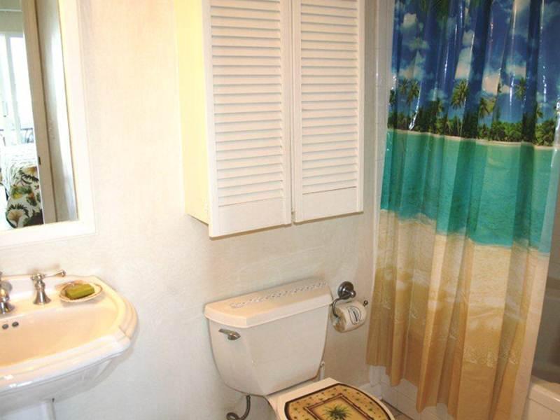 Emerald Isle 0102 Condo rental in Emerald Isle Pensacola Beach in Pensacola Beach Florida - #16