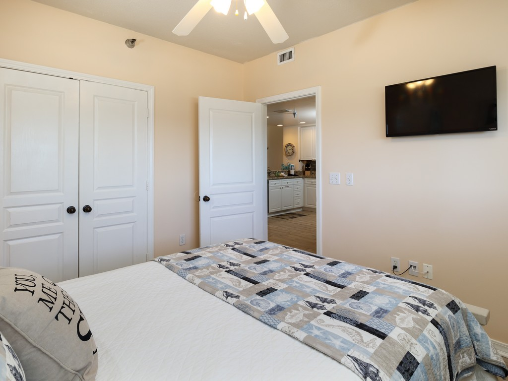 Emerald Isle 0804 Condo rental in Emerald Isle Pensacola Beach in Pensacola Beach Florida - #17