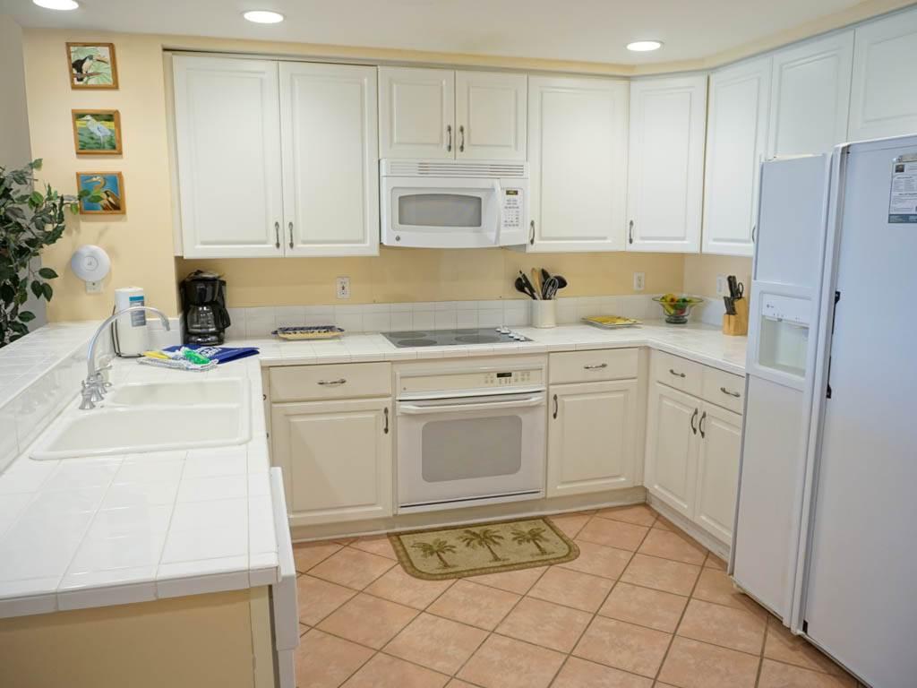 Emerald Isle 1002 Condo rental in Emerald Isle Pensacola Beach in Pensacola Beach Florida - #7