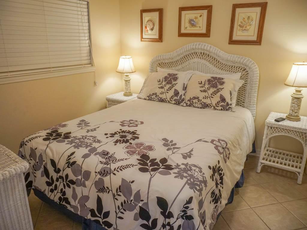 Emerald Isle 1002 Condo rental in Emerald Isle Pensacola Beach in Pensacola Beach Florida - #14