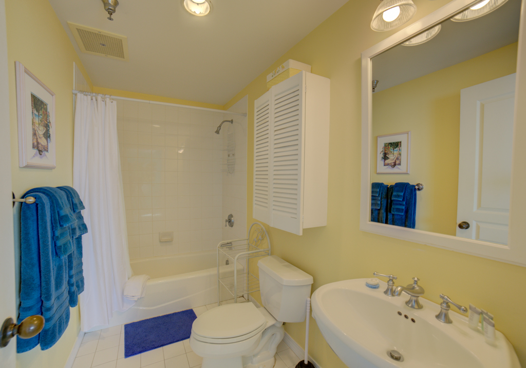 Emerald Isle #1008 Condo rental in Emerald Isle Pensacola Beach in Pensacola Beach Florida - #32