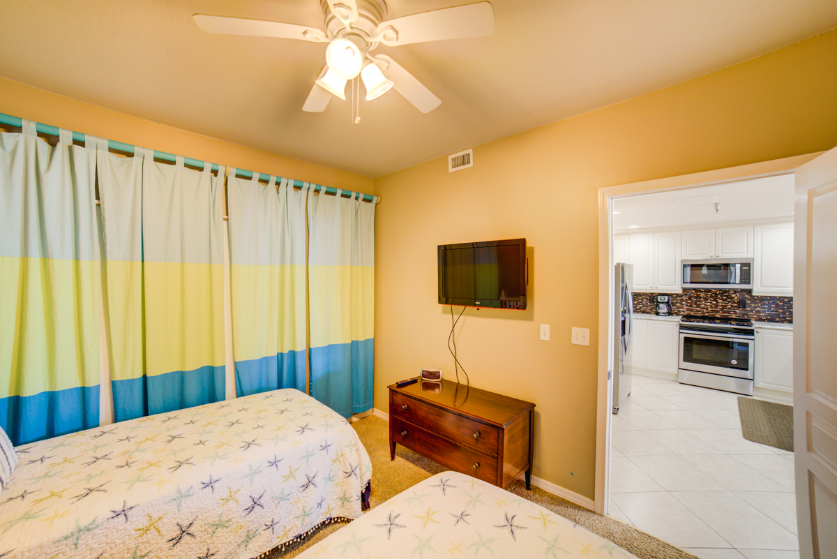 Emerald Isle #101 Condo rental in Emerald Isle Pensacola Beach in Pensacola Beach Florida - #29