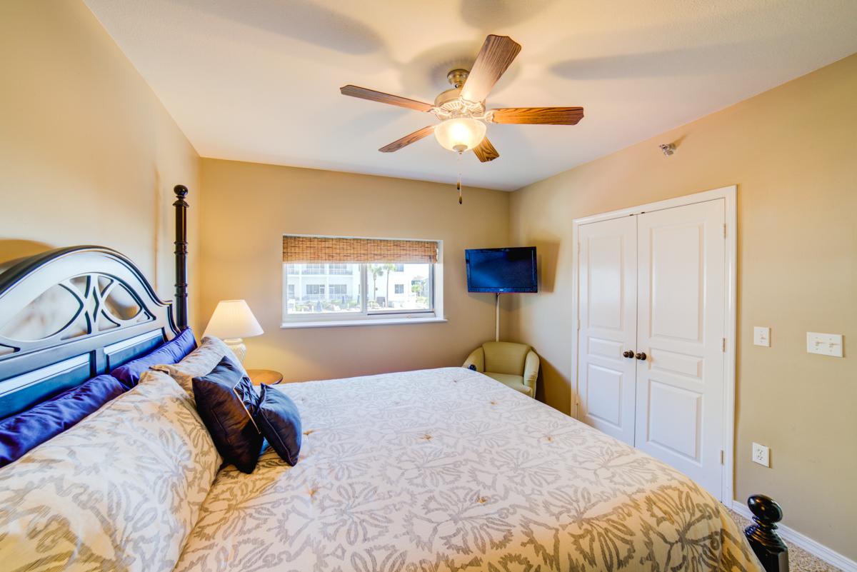 Emerald Isle #101 Condo rental in Emerald Isle Pensacola Beach in Pensacola Beach Florida - #32