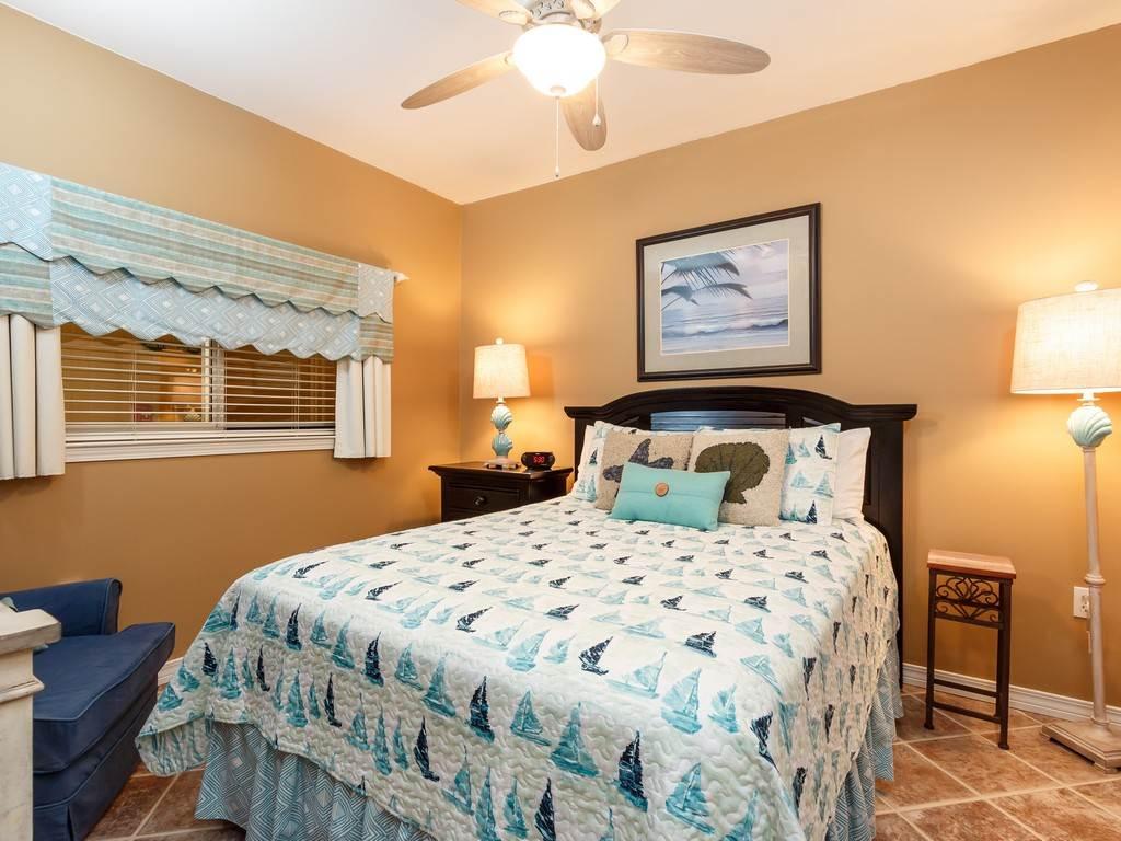 Emerald Isle 1102 Condo rental in Emerald Isle Pensacola Beach in Pensacola Beach Florida - #12