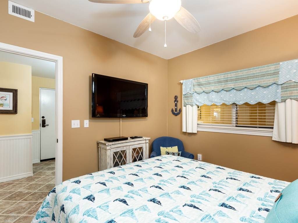 Emerald Isle 1102 Condo rental in Emerald Isle Pensacola Beach in Pensacola Beach Florida - #13