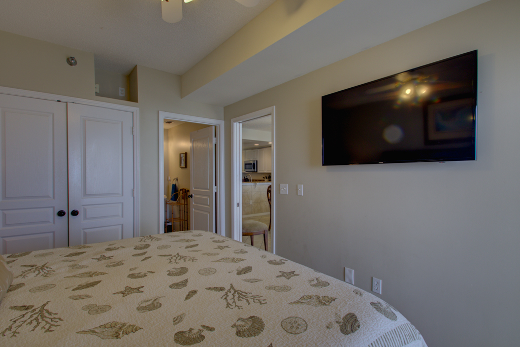 Emerald Isle #1205 Condo rental in Emerald Isle Pensacola Beach in Pensacola Beach Florida - #25