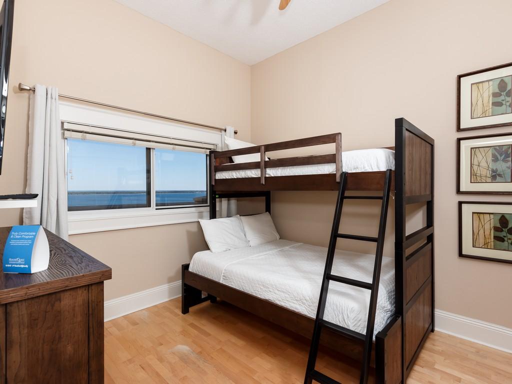 Emerald Isle 1704 Condo rental in Emerald Isle Pensacola Beach in Pensacola Beach Florida - #18
