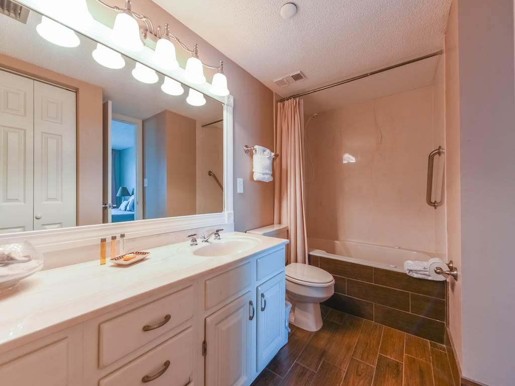 Emerald Towers 0202 Condo rental in Emerald Towers in Destin Florida - #7