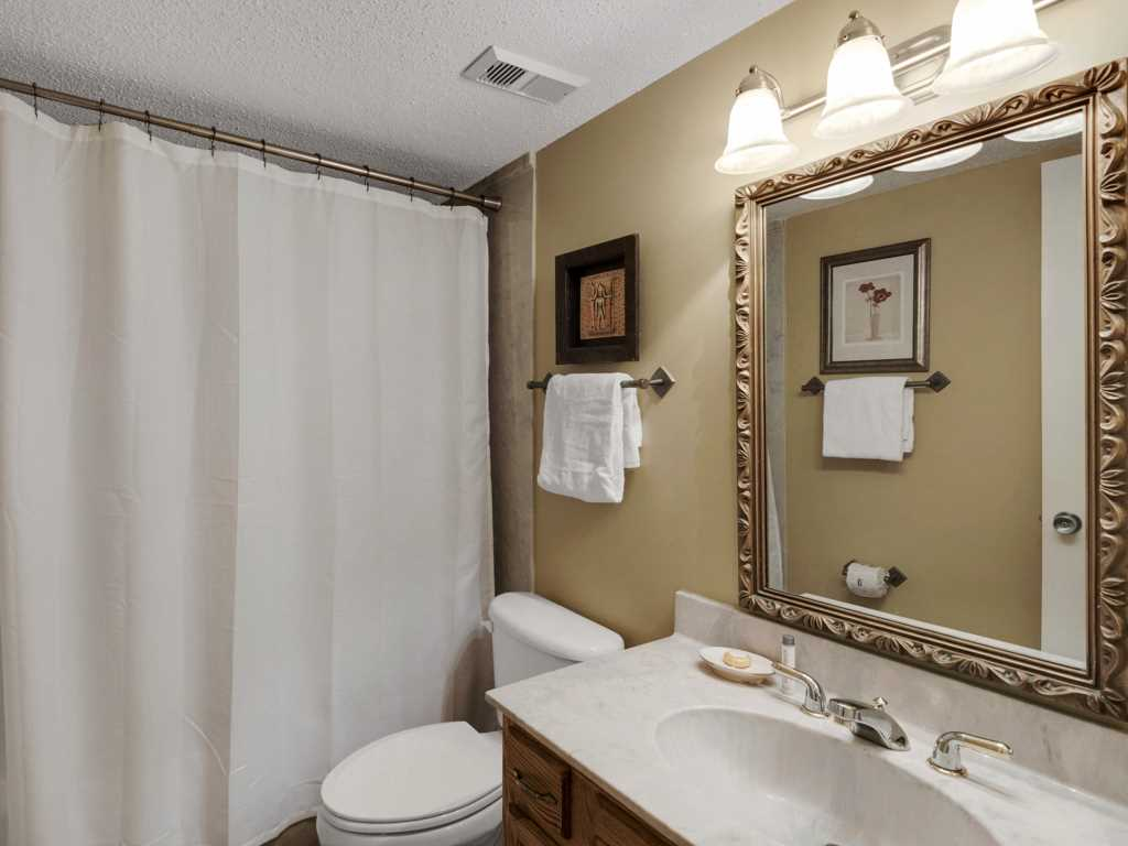 Emerald Towers 0302 Condo rental in Emerald Towers in Destin Florida - #11