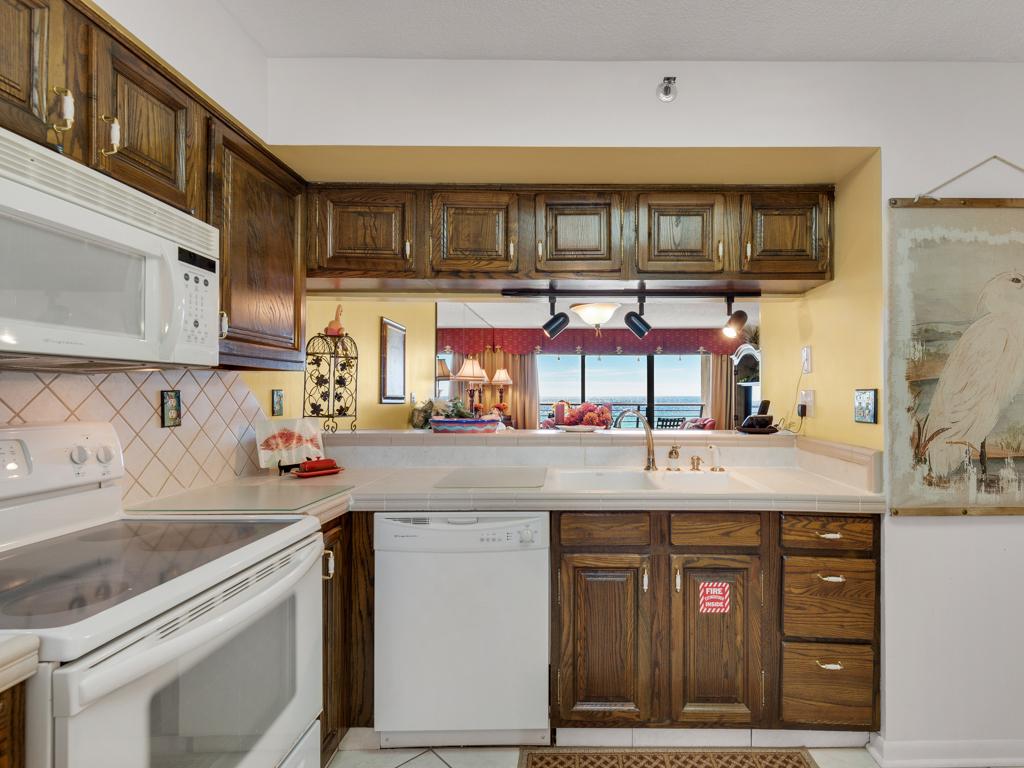 Emerald Towers 0405 Condo rental in Emerald Towers in Destin Florida - #16