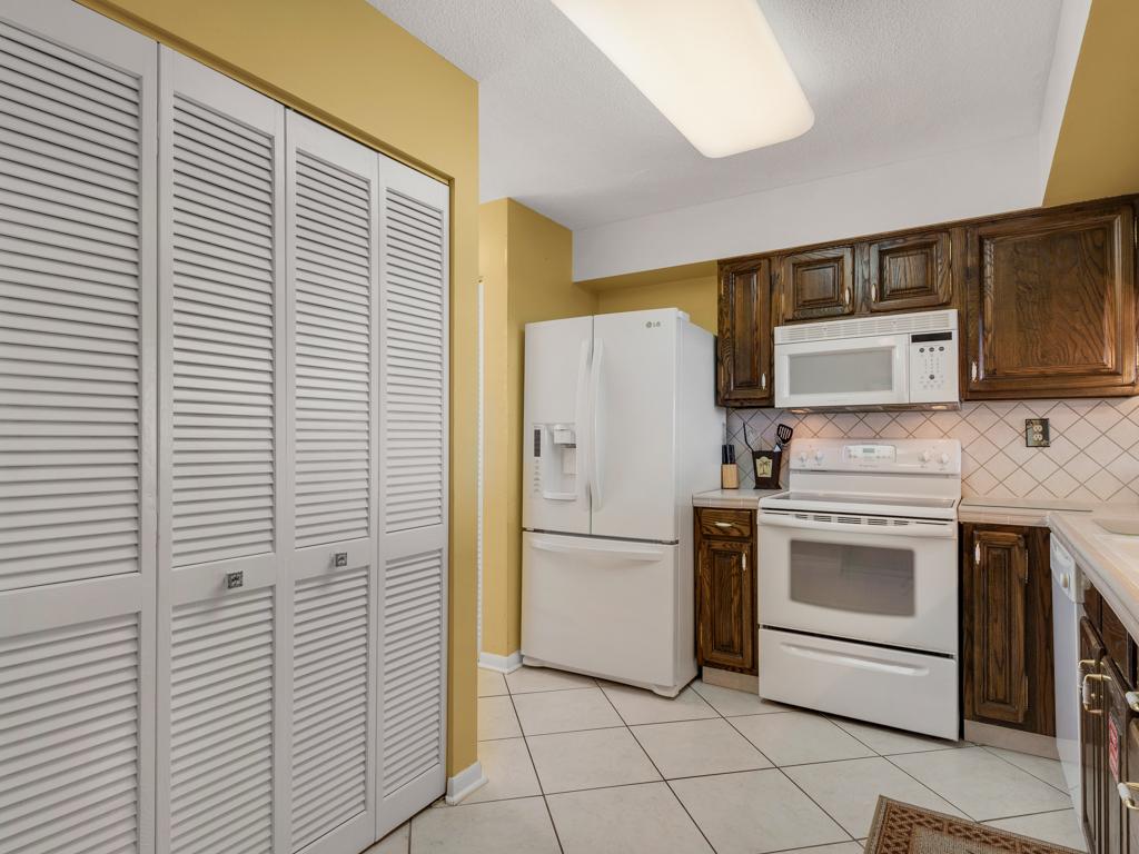 Emerald Towers 0405 Condo rental in Emerald Towers in Destin Florida - #18