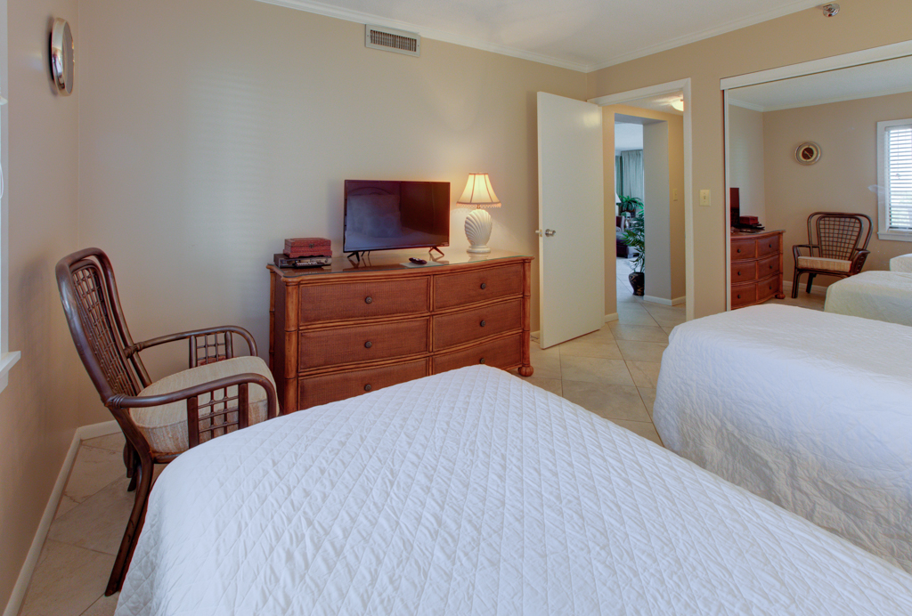 Emerald Towers 0503 Condo rental in Emerald Towers in Destin Florida - #9