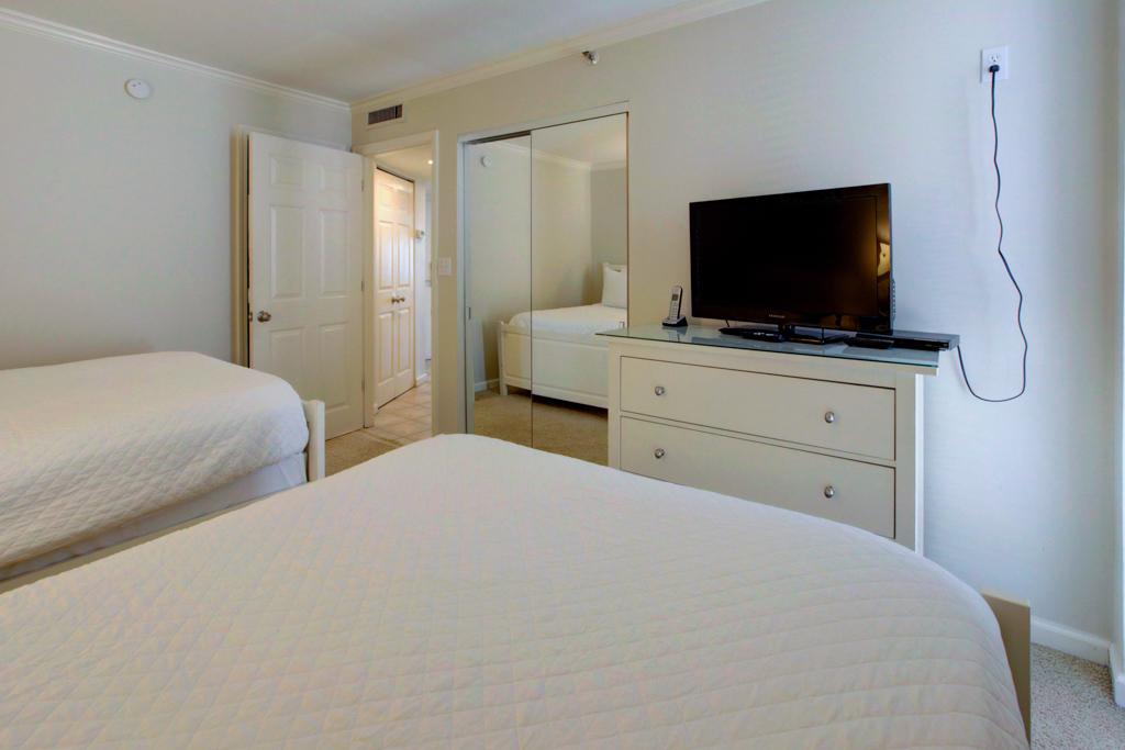 Emerald Towers 0506 Condo rental in Emerald Towers in Destin Florida - #16