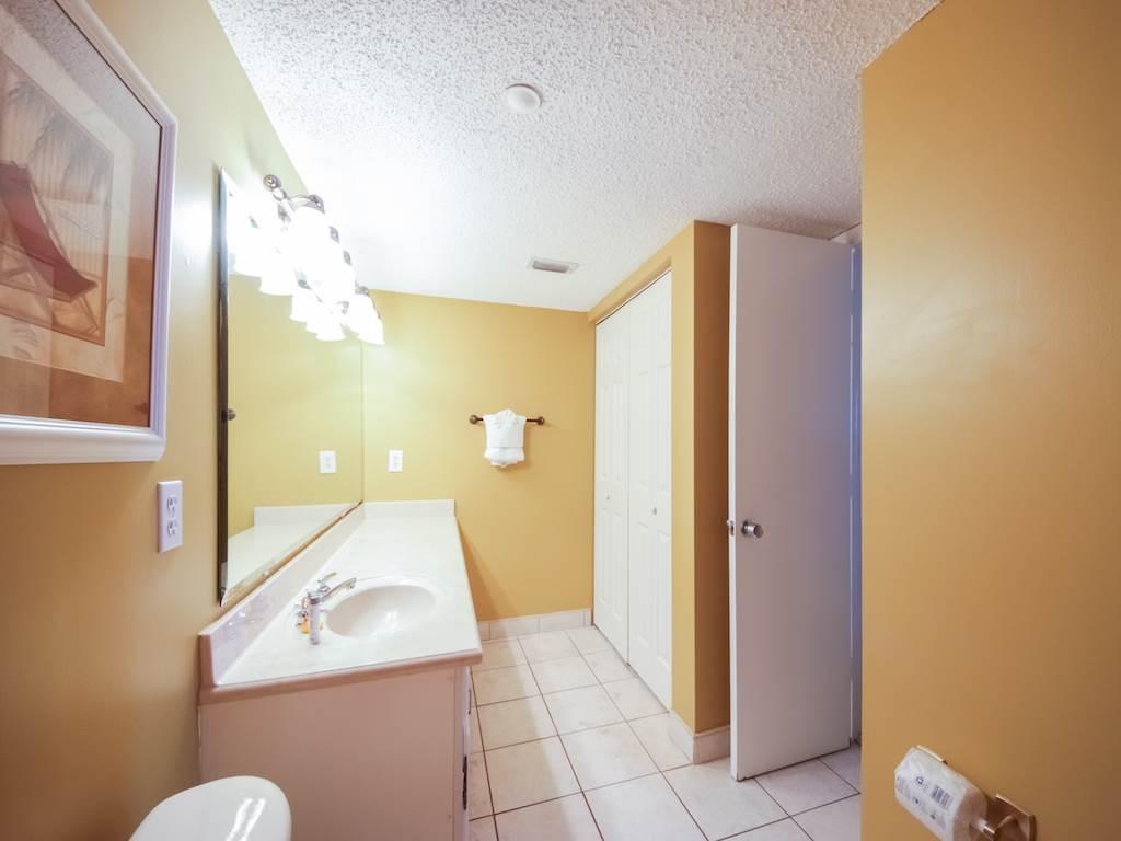 Emerald Towers 0605 Condo rental in Emerald Towers in Destin Florida - #10