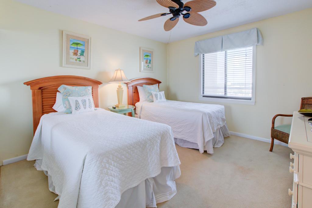 Emerald Towers 0605 Condo rental in Emerald Towers in Destin Florida - #11