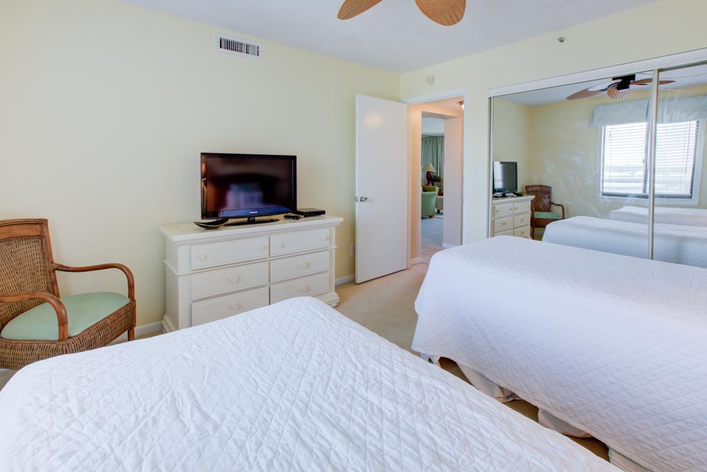 Emerald Towers 0605 Condo rental in Emerald Towers in Destin Florida - #12