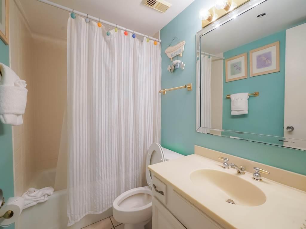 Emerald Towers 0704 Condo rental in Emerald Towers in Destin Florida - #11