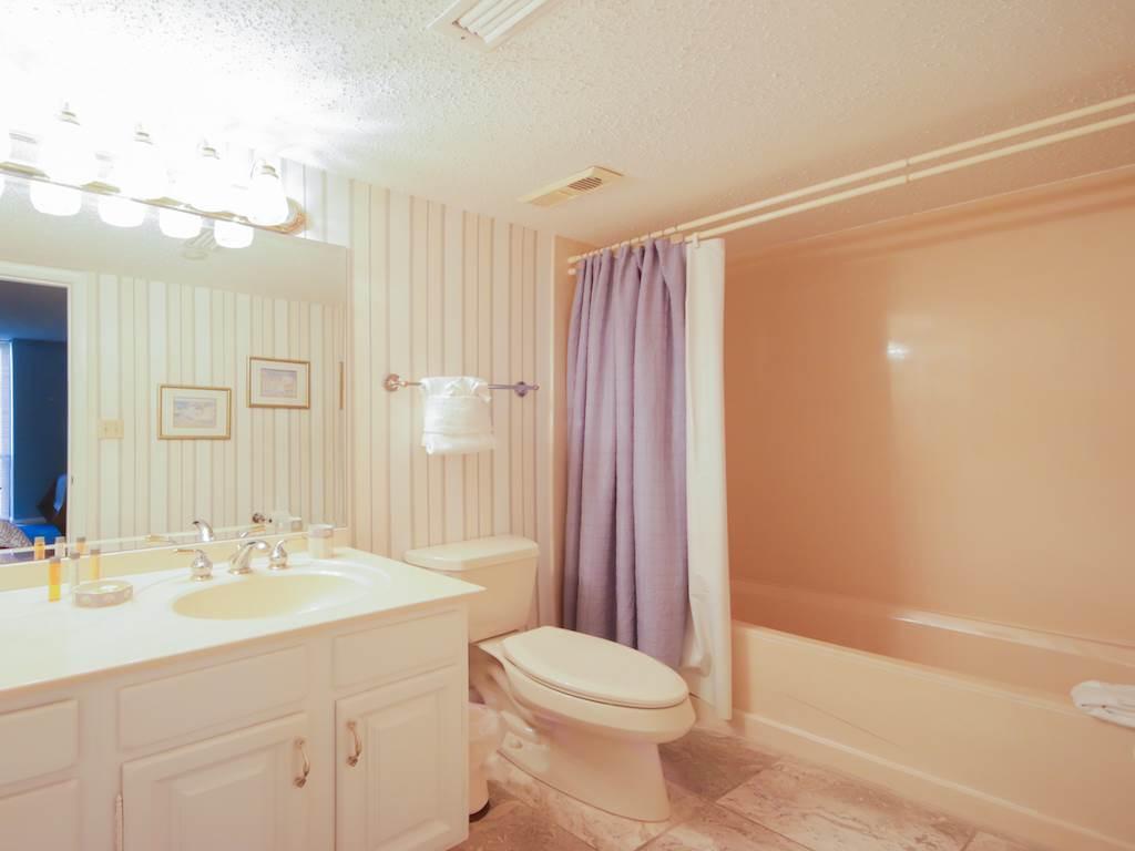 Emerald Towers 0801 Condo rental in Emerald Towers in Destin Florida - #12