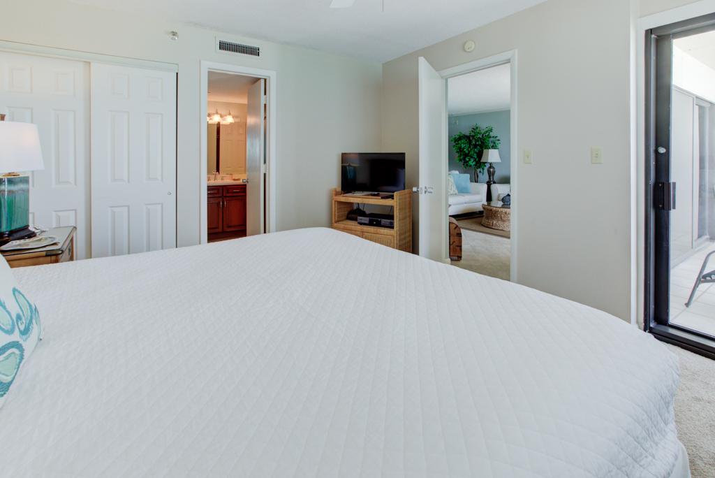 Emerald Towers 0803 Condo rental in Emerald Towers in Destin Florida - #6