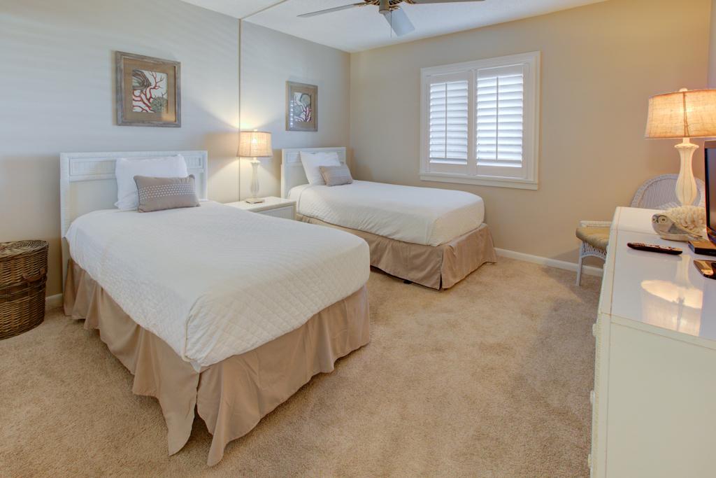Emerald Towers 0803 Condo rental in Emerald Towers in Destin Florida - #8