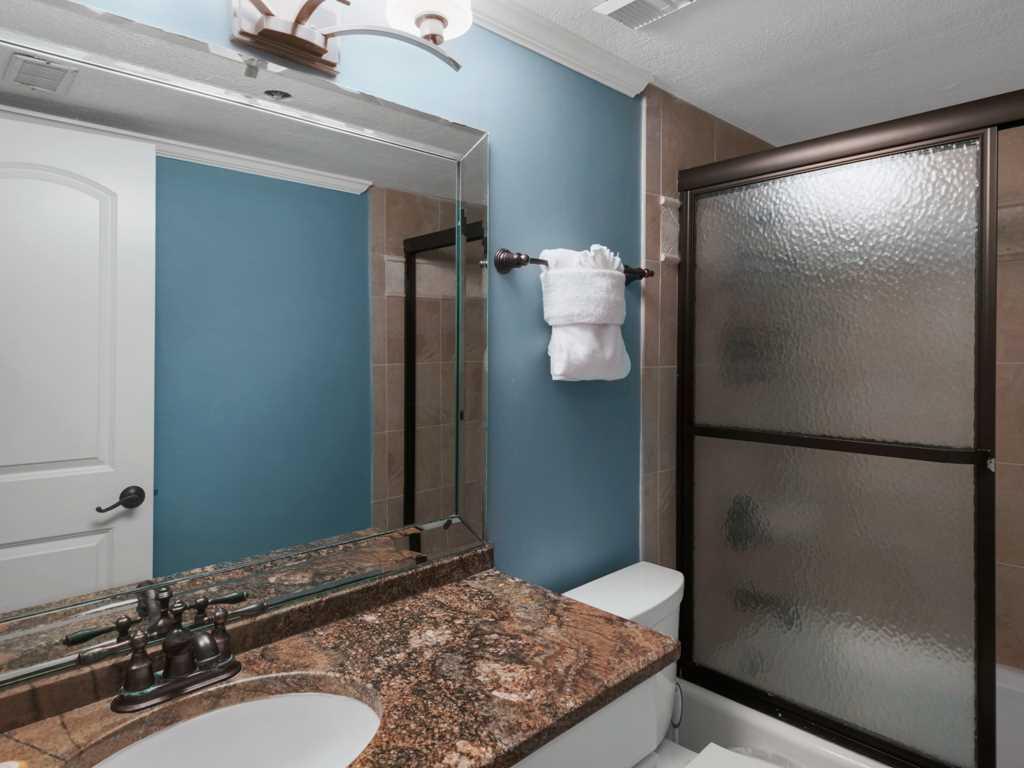 Emerald Towers 0805 Condo rental in Emerald Towers in Destin Florida - #12