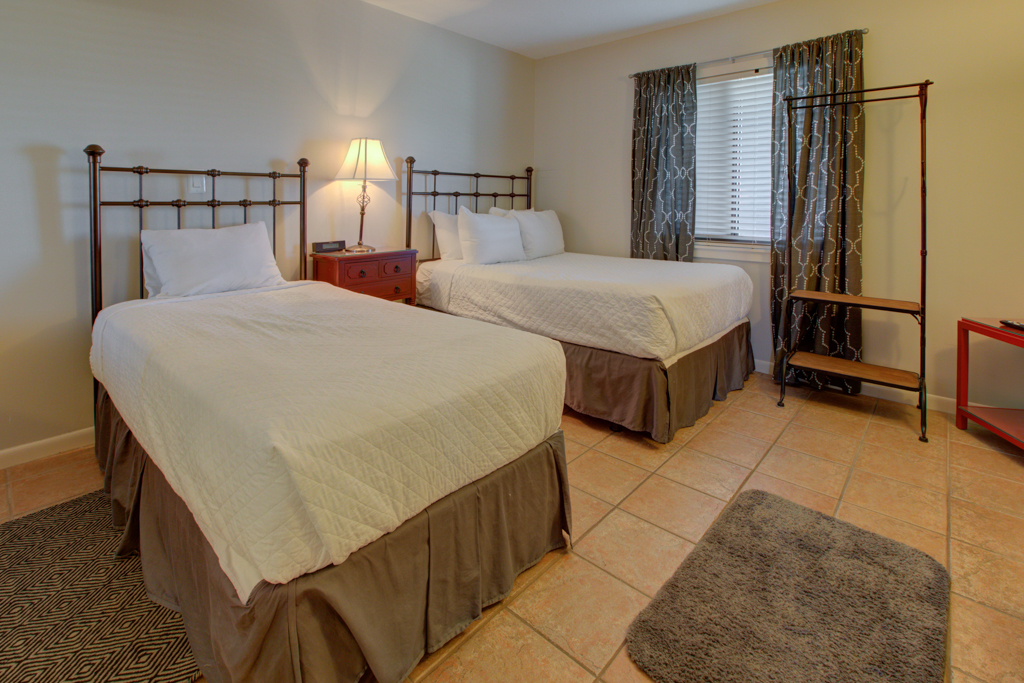 Emerald Towers 0903 Condo rental in Emerald Towers in Destin Florida - #11