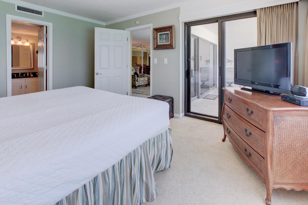 Emerald Towers 1003 Condo rental in Emerald Towers in Destin Florida - #15