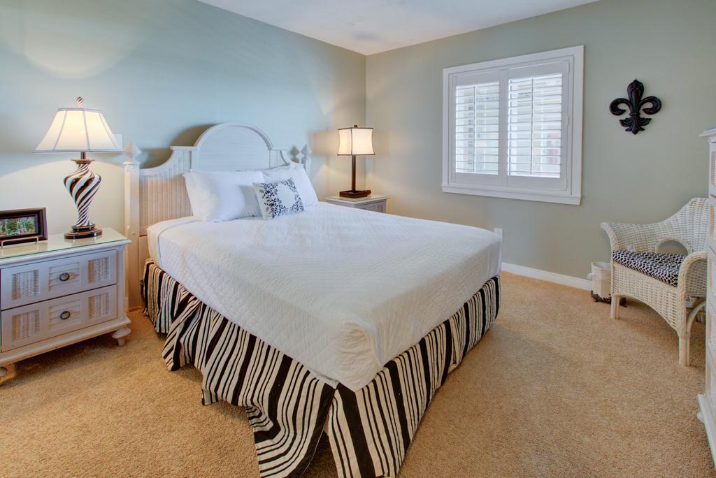 Emerald Towers 1003 Condo rental in Emerald Towers in Destin Florida - #18