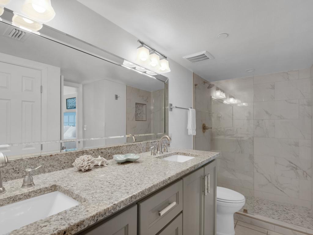 Emerald Towers 1102 Condo rental in Emerald Towers in Destin Florida - #21