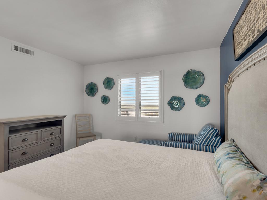 Emerald Towers 1102 Condo rental in Emerald Towers in Destin Florida - #24