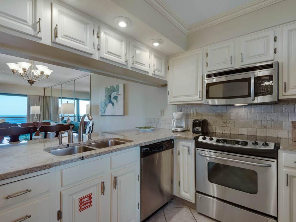Emerald Towers 1202 Condo rental in Emerald Towers in Destin Florida - #6