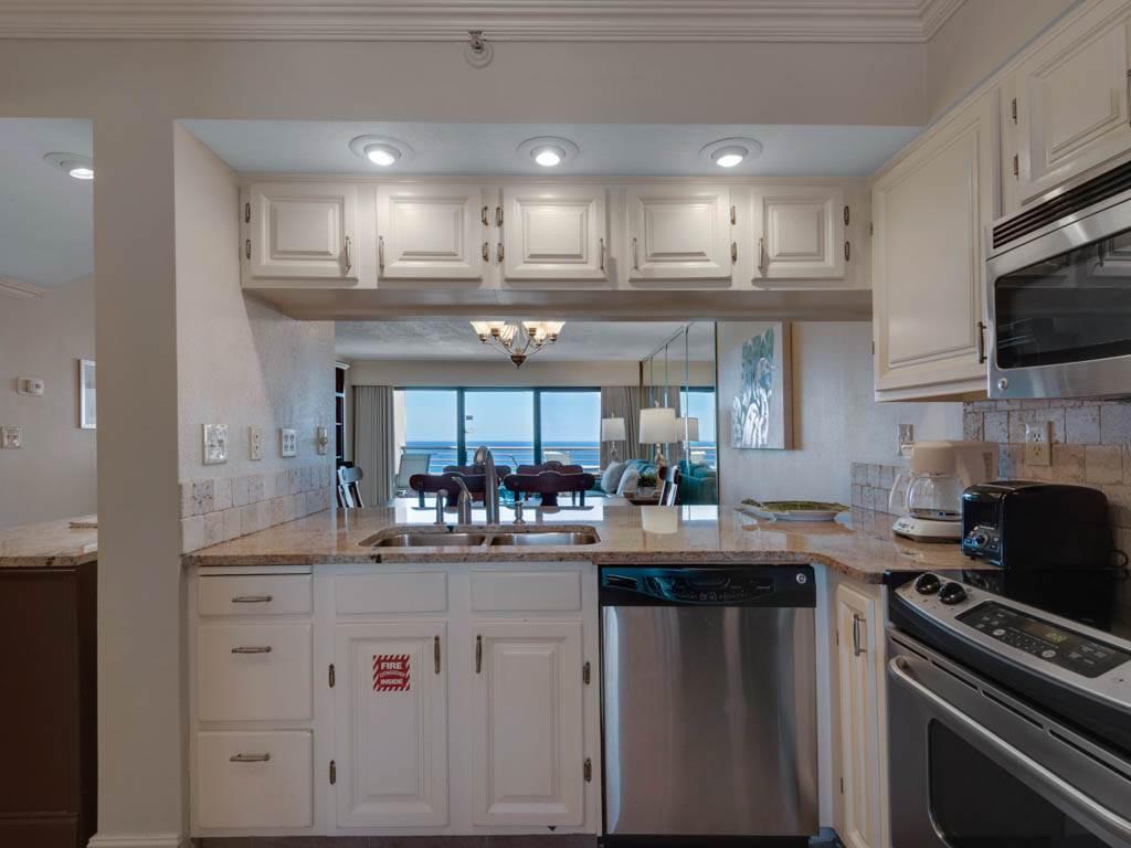 Emerald Towers 1202 Condo rental in Emerald Towers in Destin Florida - #8