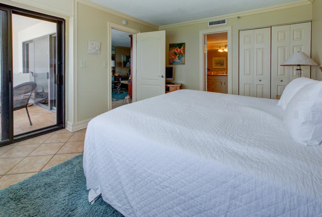 Emerald Towers 1202 Condo rental in Emerald Towers in Destin Florida - #10