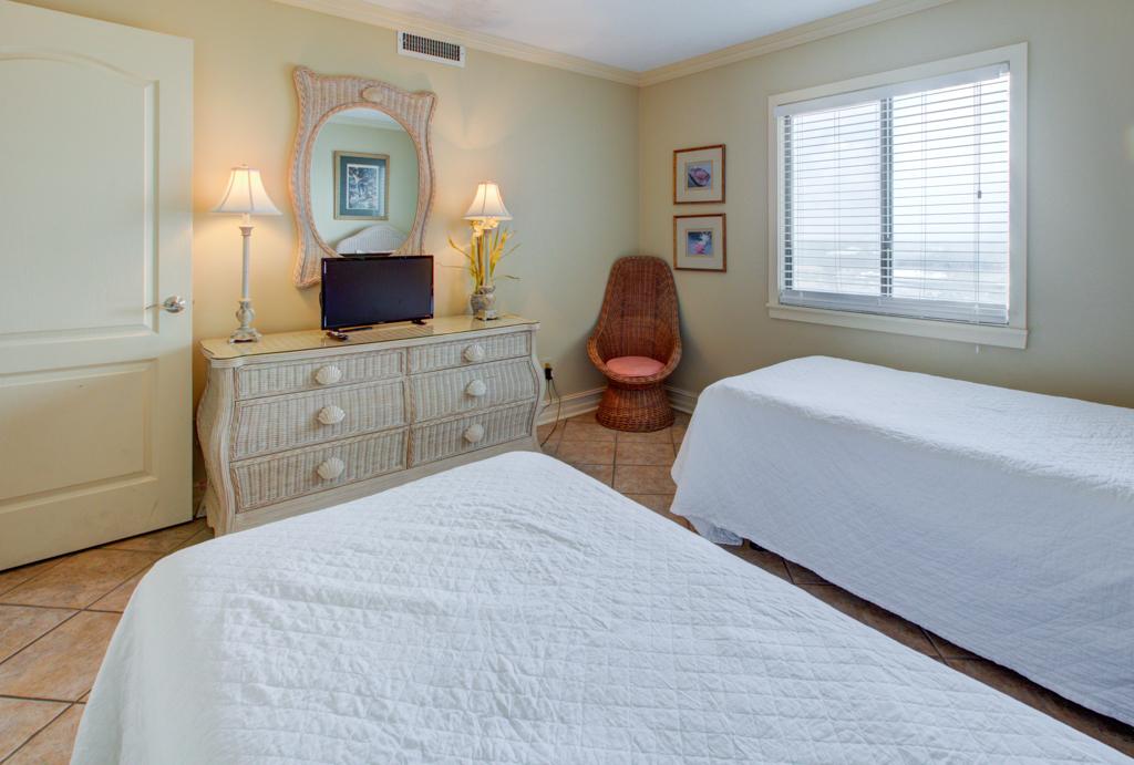 Emerald Towers 1202 Condo rental in Emerald Towers in Destin Florida - #14