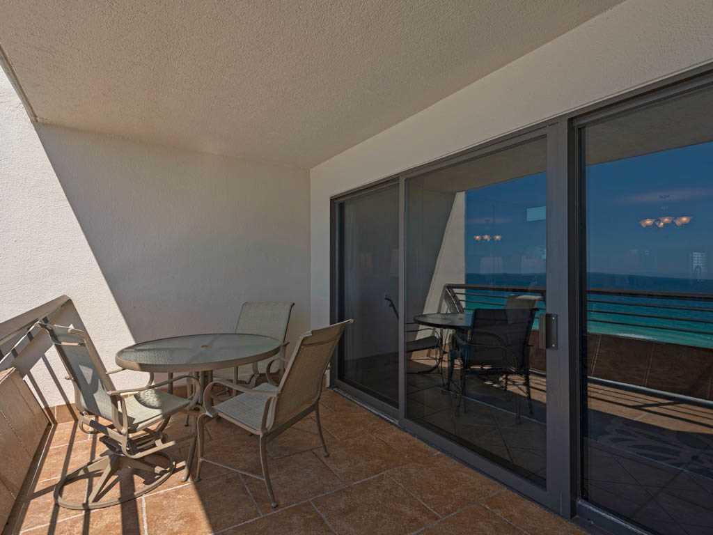 Emerald Towers 1202 Condo rental in Emerald Towers in Destin Florida - #18