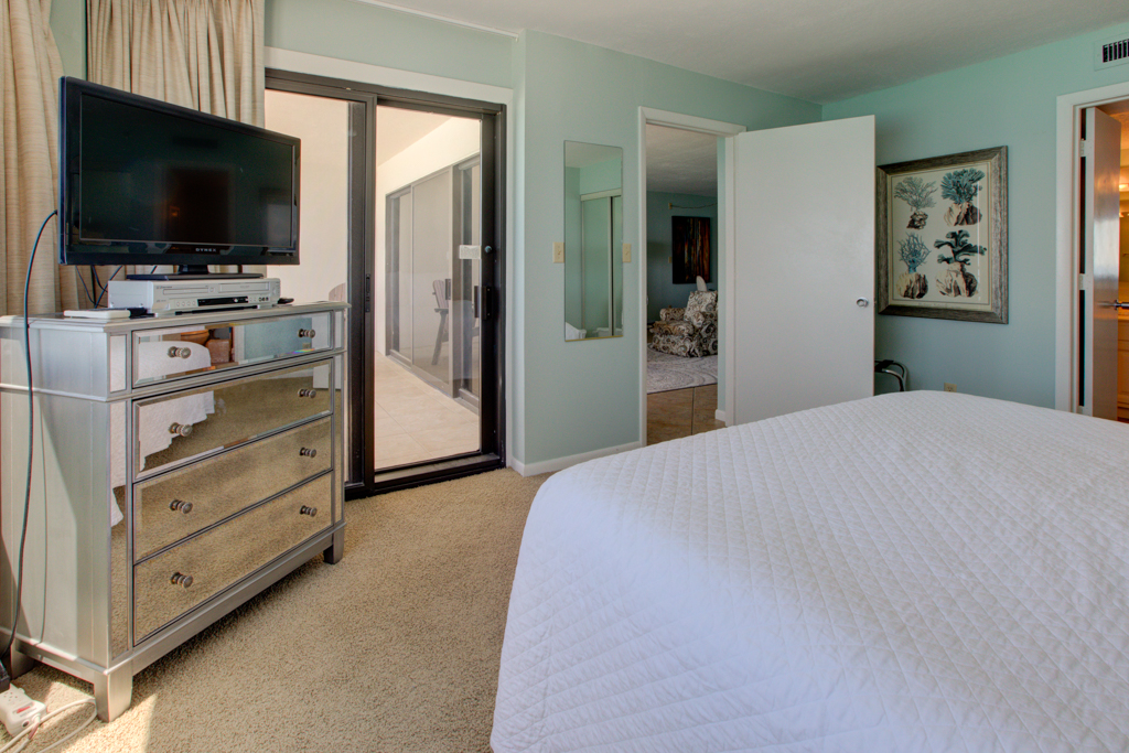 Emerald Towers 1204 Condo rental in Emerald Towers in Destin Florida - #7