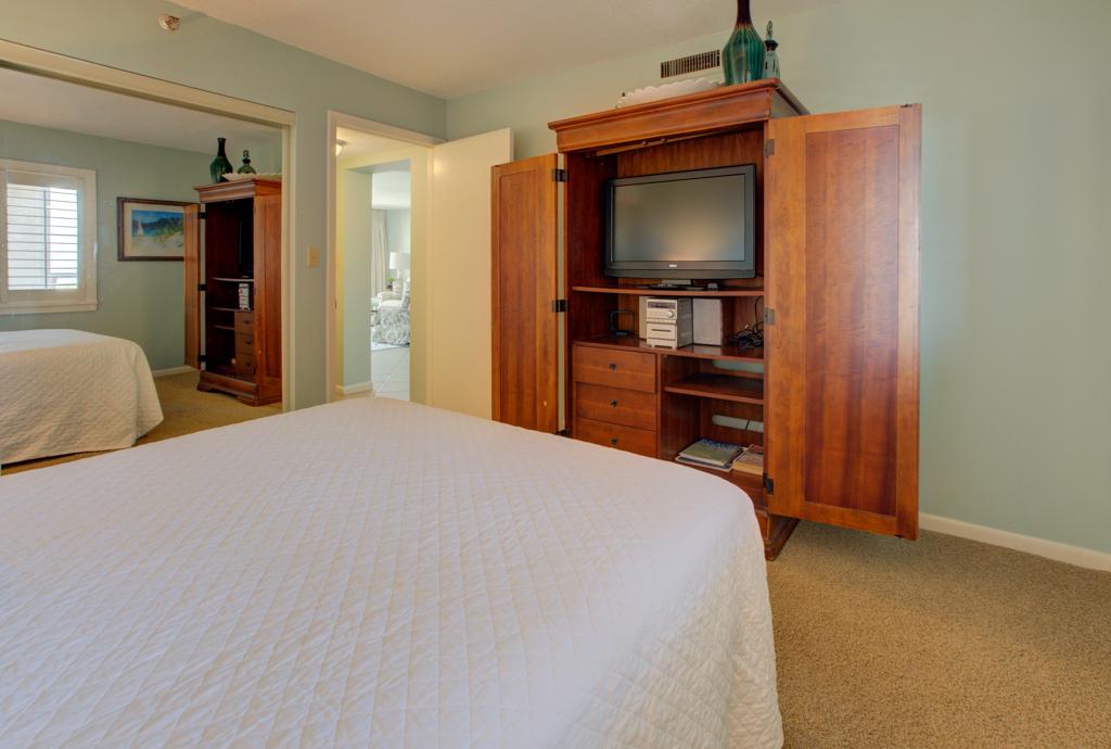 Emerald Towers 1204 Condo rental in Emerald Towers in Destin Florida - #10